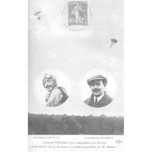 l'aviateur Pégoud vient d'abandonner son Blériot et descend de 150 m. de hauteur acccroché au parachute de M. Bonnet