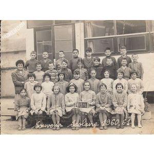 la Buisse : école en 1960-61, les filles