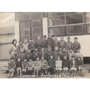 la Buisse : école en 1960-61, les petits