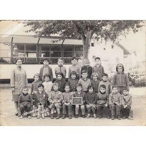 la Buisse : école en 1963-64, les petits