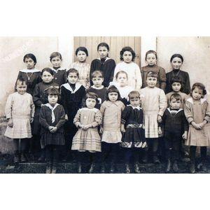 charancieu école en 1920 (environ)