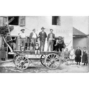 Charancieu : un char vers 1915