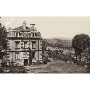 Tullins (Isère) 1 château de Beauregard