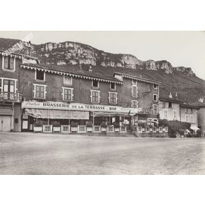 I 21663 la Buisse (Isère) brasserie de la terrasse