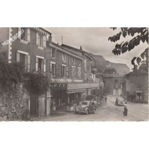 la Buisse (Isère) brasserie la terrasse rue principale