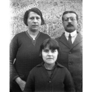 PV coublevie Suzette avec ses parents BBC
