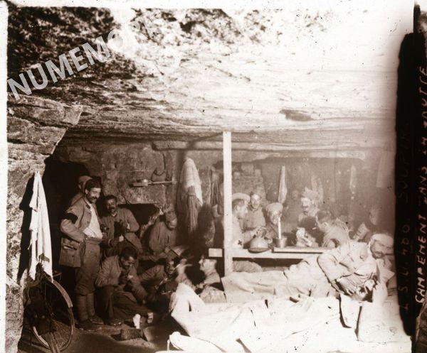 PV 486 SOUPIR campement dans la grotte2 BBC