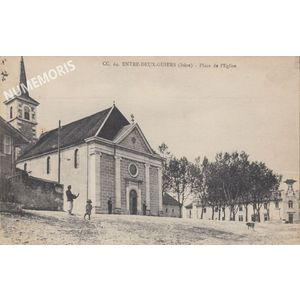 Entre Deux Guiers place et Eglise